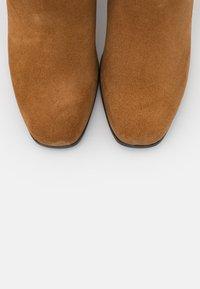 Tamaris - BOOTS - Boots - muscat - 5