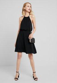 Gina Tricot - ELLY DRESS - Denní šaty - black - 2
