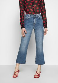 Guess - CROP FLARE - Flared jeans - soround - 0
