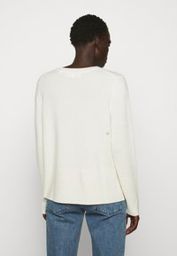 CHINTI & PARKER - THE BOXY - Jersey de punto - cream - 2