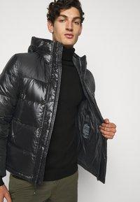Blauer - GIUBBINI CORTI IMBOTTITO - Down jacket - black - 3