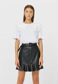 Stradivarius - Mini skirt - black - 0