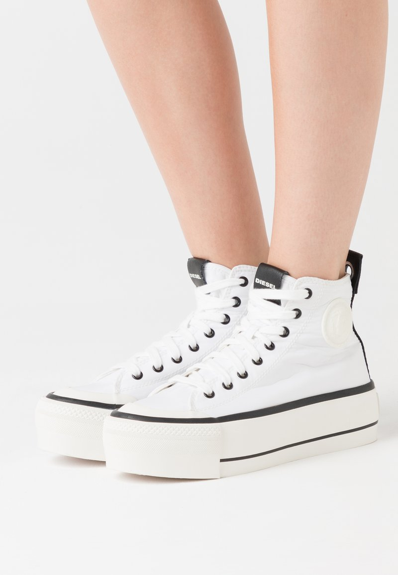 Diesel - ASTICO S-ASTICO MC WEDGE SNEAKERS - High-top trainers - white