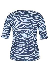 Rabe 1920 - MIT ANIMAL-PRINT UND STRASS-STEINEN - Print T-shirt - dunkelblau - 1