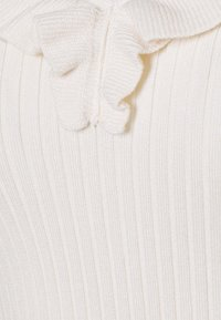 Morgan - MVOLA V-NECK - Basic T-shirt - offwhite - 2