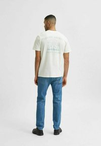 Selected Homme - Print T-shirt - egret - 2
