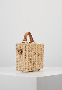 PARFOIS - Handbag - beige - 3