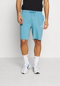Nike Sportswear - CLUB - Shorts - cerulean - 0