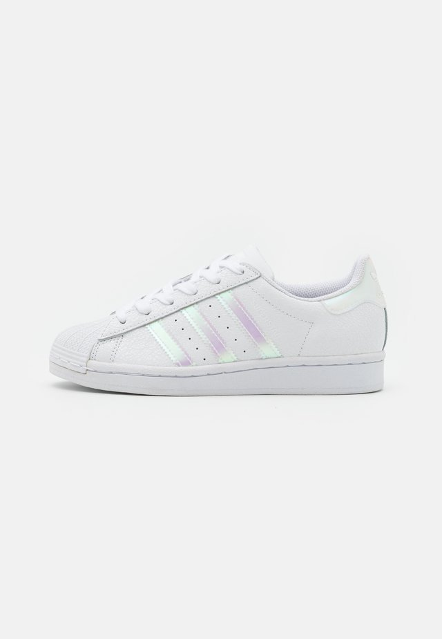 SUPERSTAR SPORTS INSPIRED SHOES UNISEX - Baskets basses - footwear white/core black