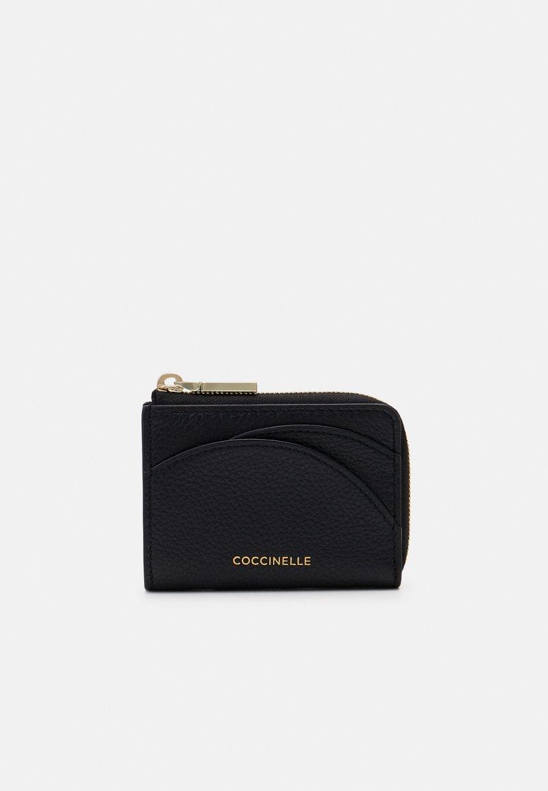 Coccinelle - ZIP CARD CASE - Peněženka - noir