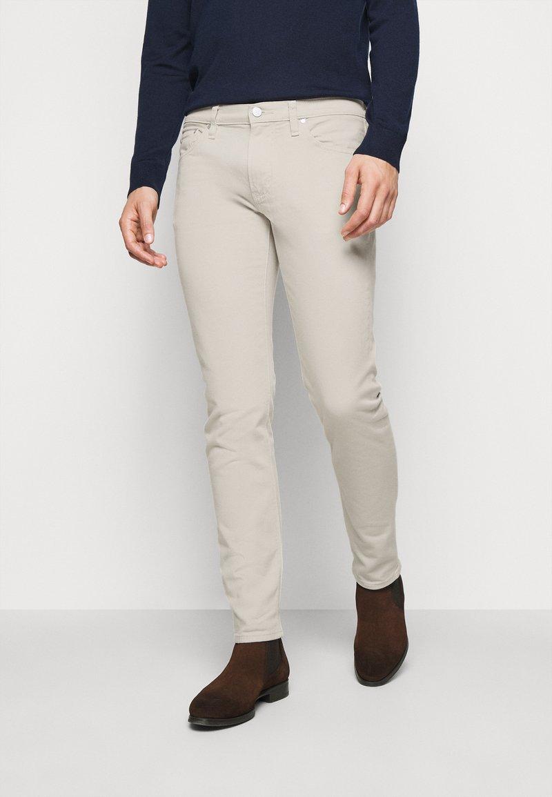 Michael Kors - PARKER - Slim fit jeans - beige