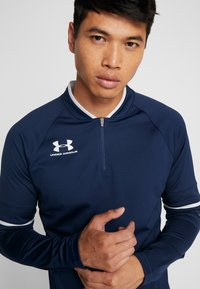 Under Armour - CHALLENGER MIDLAYER - Long sleeved top - academy/halo gray - 4