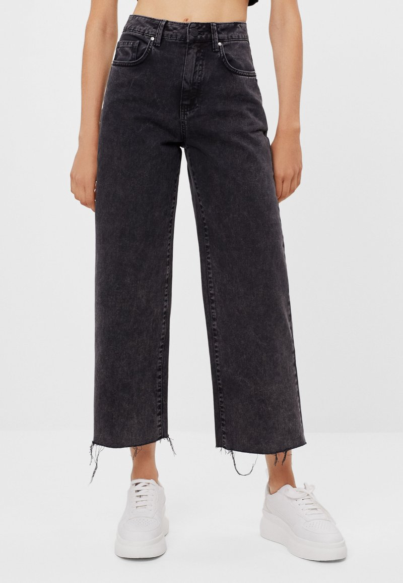 Bershka - Džíny Straight Fit - black denim
