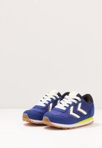 Hummel - REFLEX - Sneakersy niskie - mazarine blue - 3