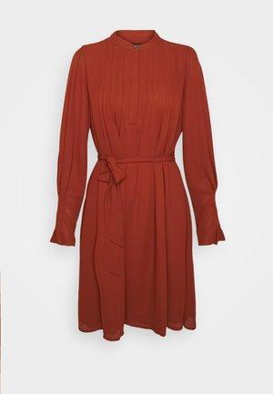 SLFLIVIA DRESS - Day dress - red