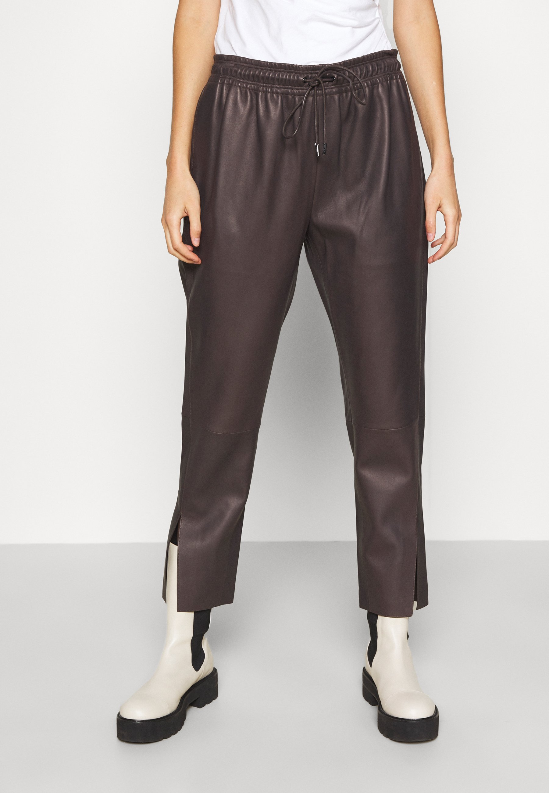 Women SLIT PULL ON POINT - Leather trousers