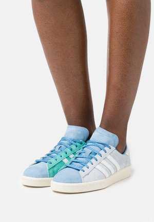 CAMPUS 80S - Baskets basses - halo blue/footwear white/hazy blue