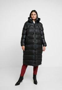 Hunter ORIGINAL - WOMENS ORIGINAL PUFFER COAT - Winter coat - black - 2