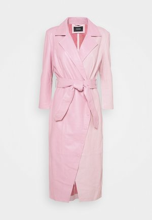 EXCLUSIVE DIFFANI  - Robe d'été - pink/nude