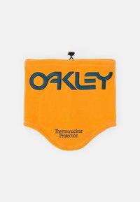 Oakley - NECK GAITER - Hals- og hodeplagg - bold orange - 2