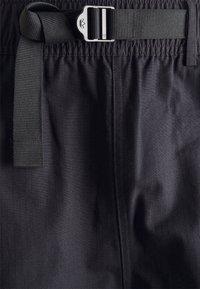 adidas Originals - CARGO - Shorts - black - 2