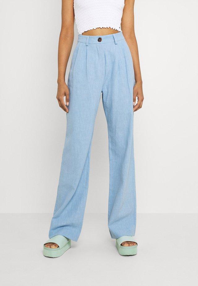 HARRIET PANT - Jean flare - dusk blue