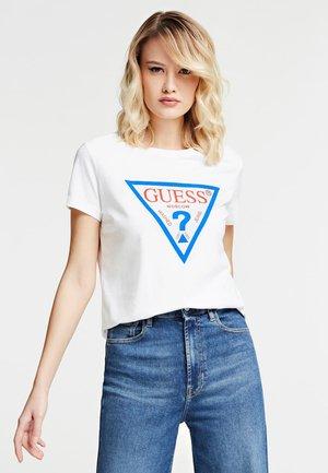 T-SHIRT MOSKAU LOGO - Print T-shirt - mehrfarbig/weiß