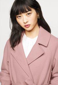 Dorothy Perkins Petite - WRAP - Summer jacket - blush - 3