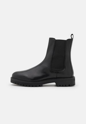 COLE TALL CHELSEA - Classic ankle boots - black