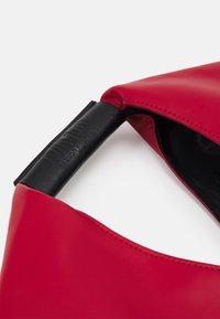 MM6 Maison Margiela - JAPANESE CIRCLE BAG - Tote bag - red - 2