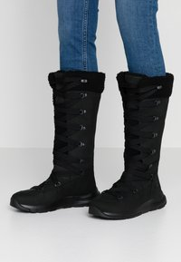 Timberland - MABEL TOWN WP TALL MUKLUK - Lace-up boots - black - 0