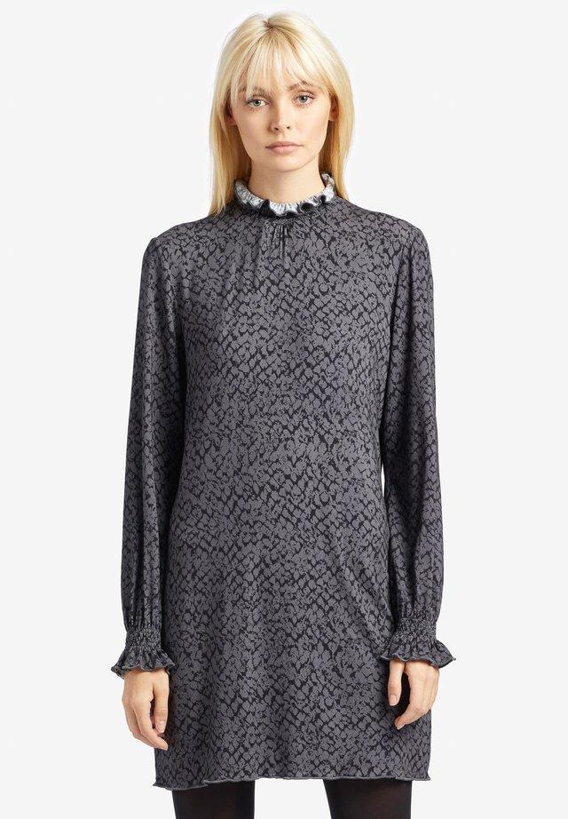 FRECKI - Jersey dress - grey