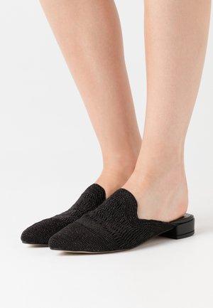Mules - black