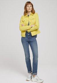 TOM TAILOR - MIT KNITTERDETAILS - Denim jacket - smooth yellow - 1