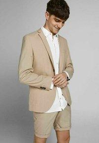 Jack & Jones PREMIUM - Camicia elegante - white - 5