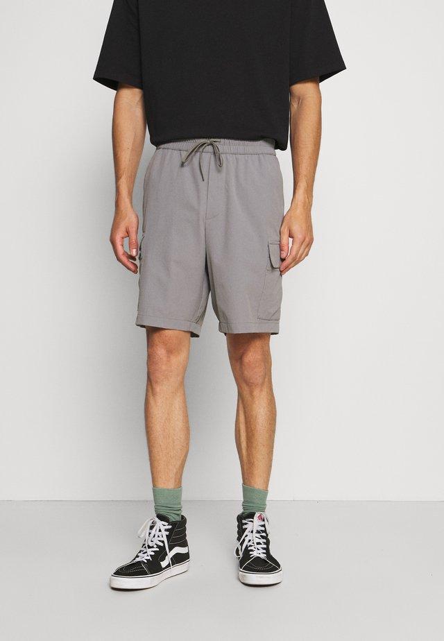 RIPSTOP CARGO  - Shorts - grey stone