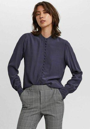 JAPANISCHER - Button-down blouse - ombre blue