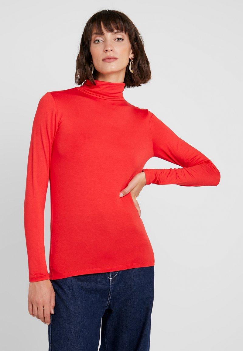 Soaked in Luxury - HANADI ROLLNECK  - Long sleeved top - red