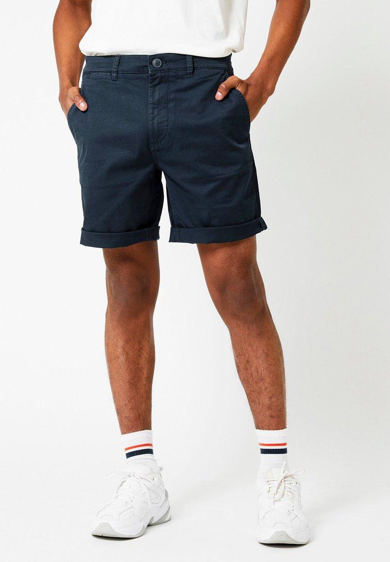 America Today - Stefan - Shorts - deep blue