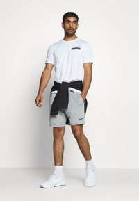 Calvin Klein Performance - SHORT SLEEVE - Print T-shirt - white - 1