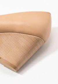 Wallis - CHELSEA - Kiler - new beige - 2