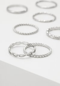 Topshop - CHAIN LINK 8 PACK - Ring - silver-coloured - 3