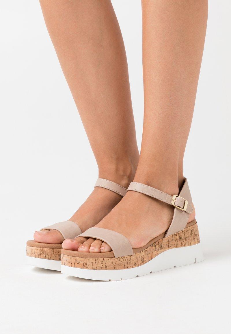 Dorothy Perkins - ROXXIE WEDGE - Platform sandals - nude