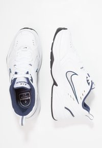 Nike Sportswear - AIR MONARCH IV - Sneakers - white/metallic silver - 1