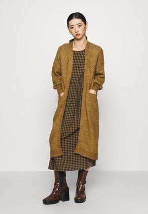 YASCALI LONG CARDIGAN - Cardigan - bronze brown
