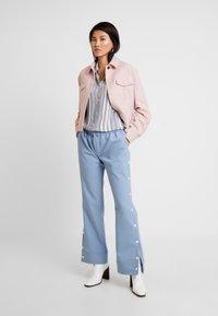 Cotton On - RACHEL EVERYDAY SHIRT - Button-down blouse - grey - 1