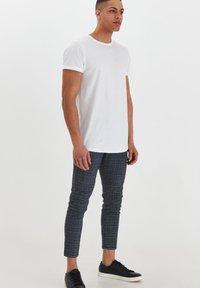 Solid - TRAVIS - Trousers - grey mel - 1