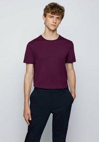 BOSS - TIBURT  - Basic T-shirt - purple - 0