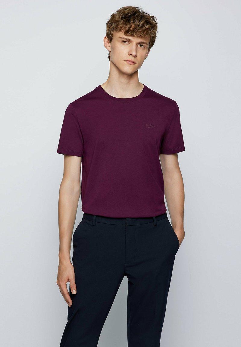 BOSS - TIBURT  - Basic T-shirt - purple