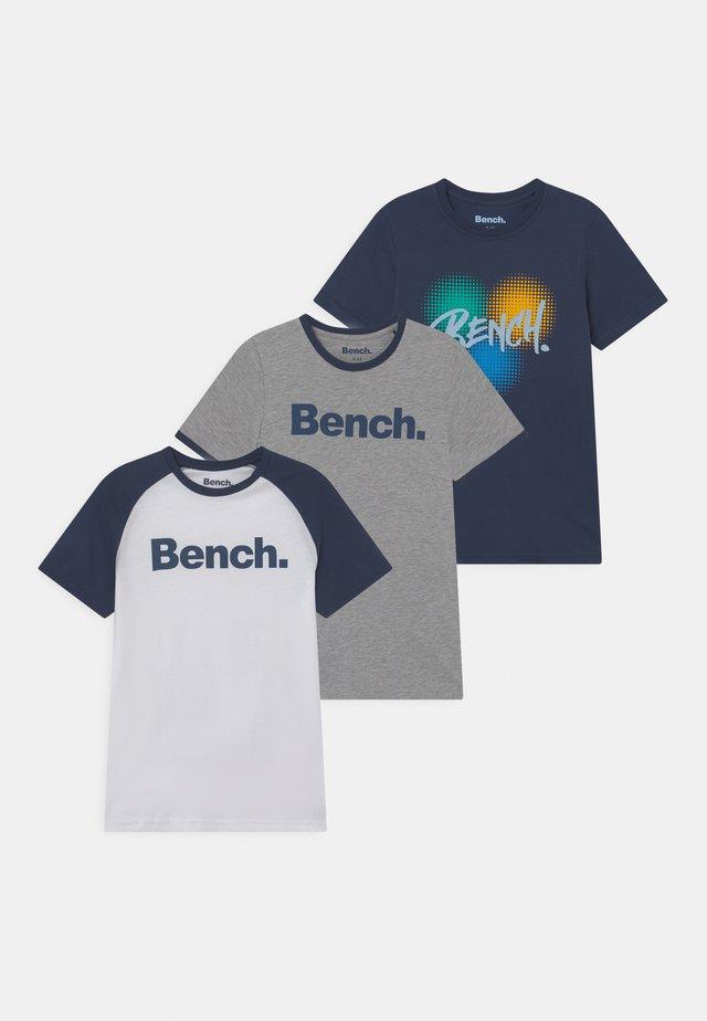BELTANE 3 PACK - T-shirt med print - grey marl/white/navy